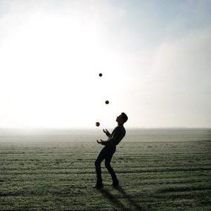 alle ballen in de lucht